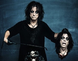 Alice Cooper. From gore to God*